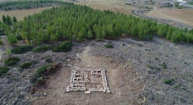 Fortaleza milenar descrita no Livro dos Juízes foi descoberta em Israel. – Foto: Facebook/Reprodução/ND
