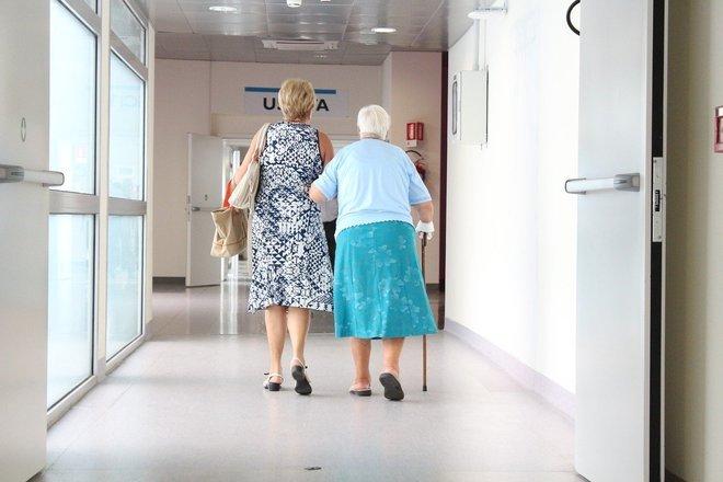 Recomendação é que vacinação do grupo prioritário siga dos mais velhos para os mais novos – Foto: Pixabay