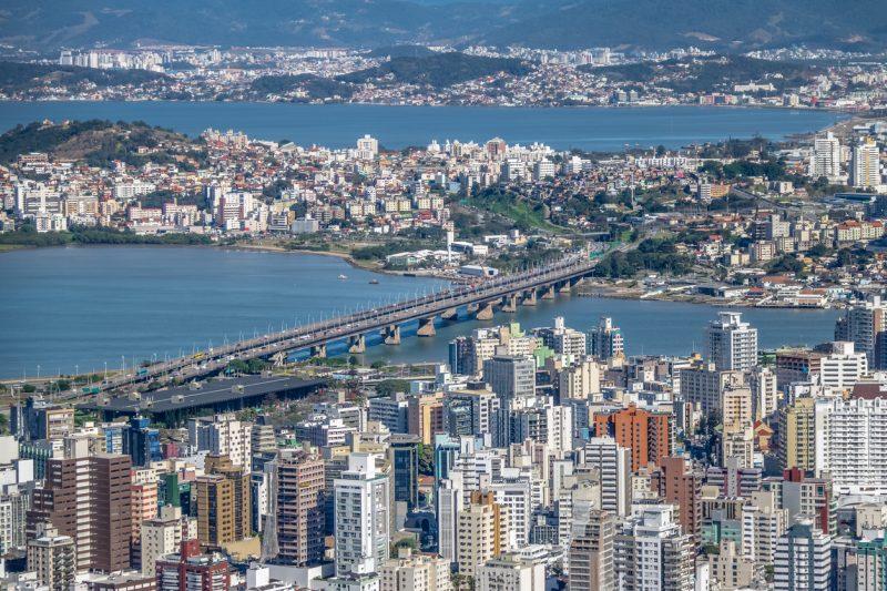 Iniciativa Implantada pela Imobiliária pretende desburocratizar e agilizar o processo para o aluguel de imóveis na capital catarinense – Foto: IStock