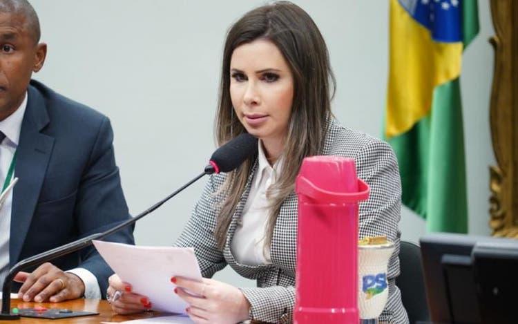 Deputada federal Caroline De Toni (PSL) comprovou a devolução dos valores, segundo a decisão – Foto: Pablo Valadares/Câmara dos Deputados/ND