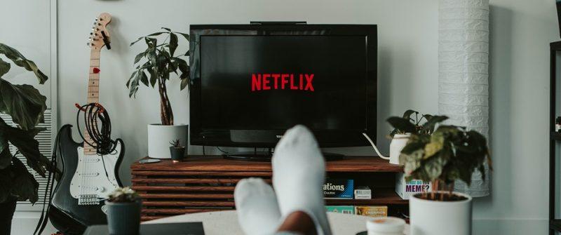 Netflix libera filmes e séries de graça para não assinantes -