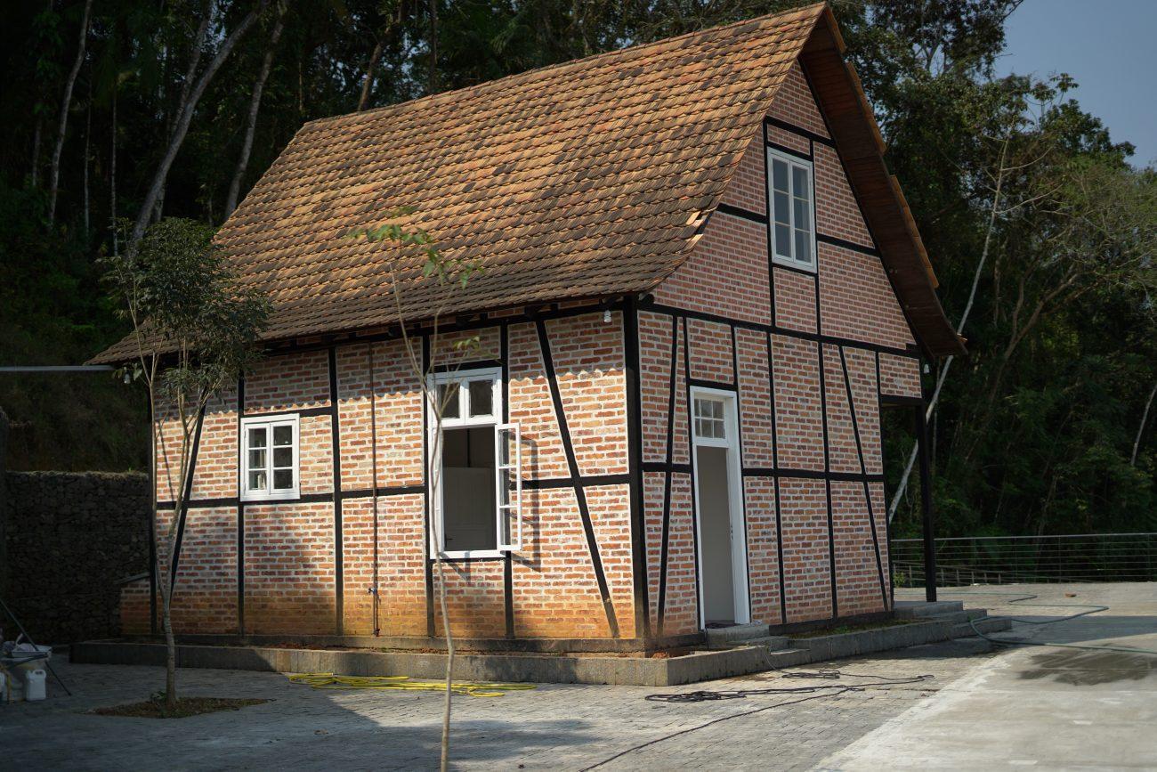 Casa no estilo enxaimel servirá de sede administrativa do parque - Vinicius Bretzke/NDTV