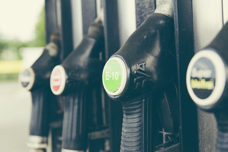 Gasolina em alta: veja preço médio em cada Estado - Pixabay