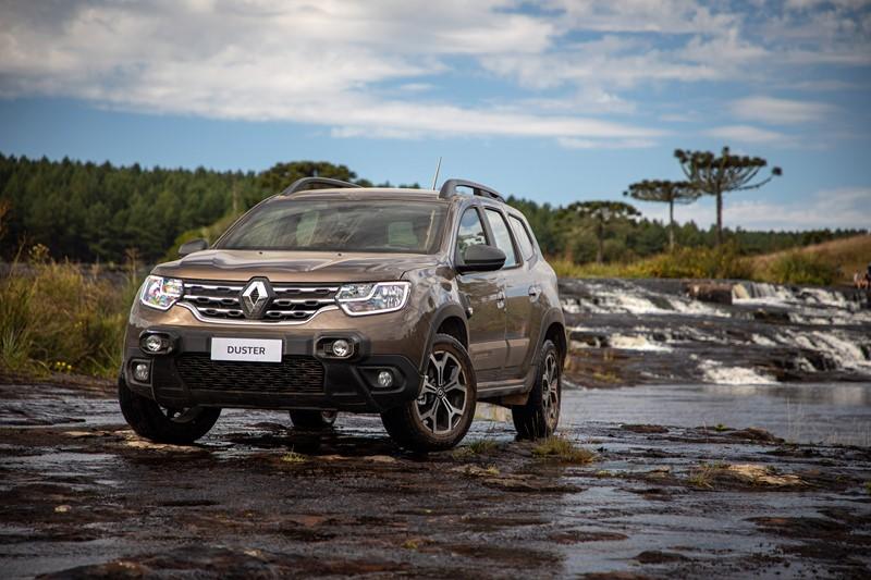 Renault Duster: é um dos SUVs mais baratos, além de ser ainda mais acessível no mercado de usados. Tem uma mecânica robusta, não tem histórico de problemas e oferece um bom espaço interno e no bagageiro - Foto: Divulgação/Renault/Garagem 360/ND
