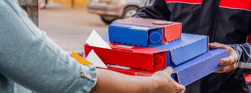 iFood: como encontrar restaurantes que aceitam seu vale-refeição? - azerbaijan_stockers em br.freepik.com