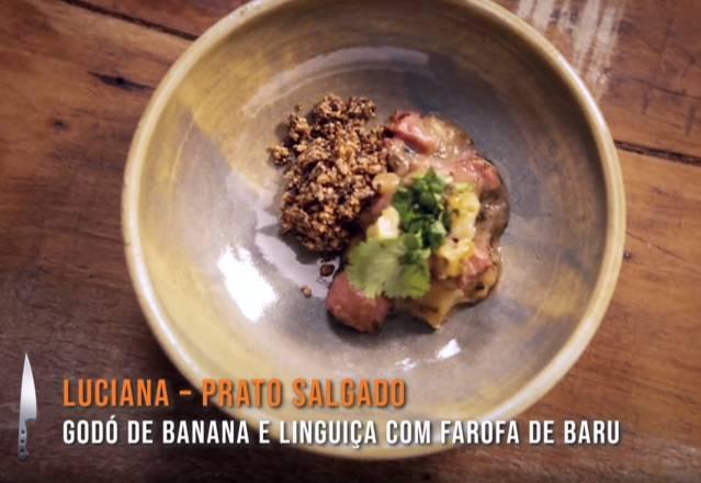 No Desafio de Eliminação em que os chefs tinham de trabalhar com ingredientes limitados, Luciana impressionou os jurados com seu godó de banana e linguiça com farofa de baru – Foto: Reprodução/Record TV