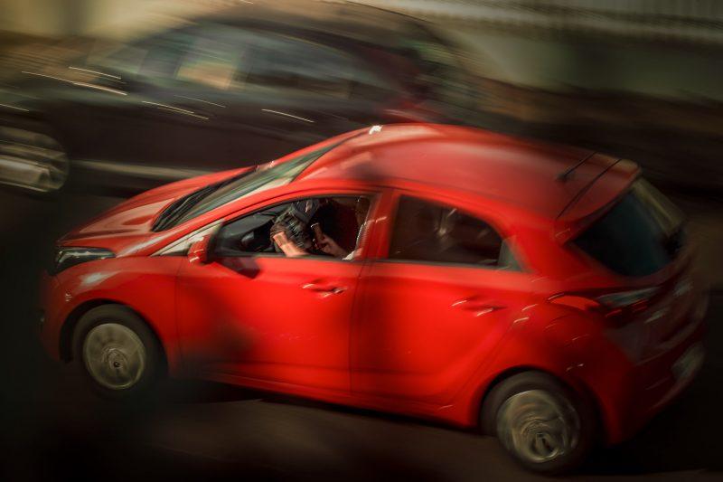 Os registros fotográficos iniciaram em fevereiro e marcam a rotina que o fotógrafo encontra no trânsito chapecoense. – Foto: Nathan Cazella