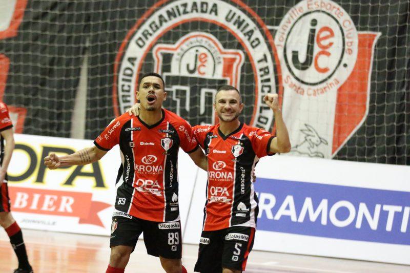 O entrosamento de Caio e Dieguinho tem rendido muitos gols para o Tricolor – Foto: Juliano Schmidt/JEC/Krona