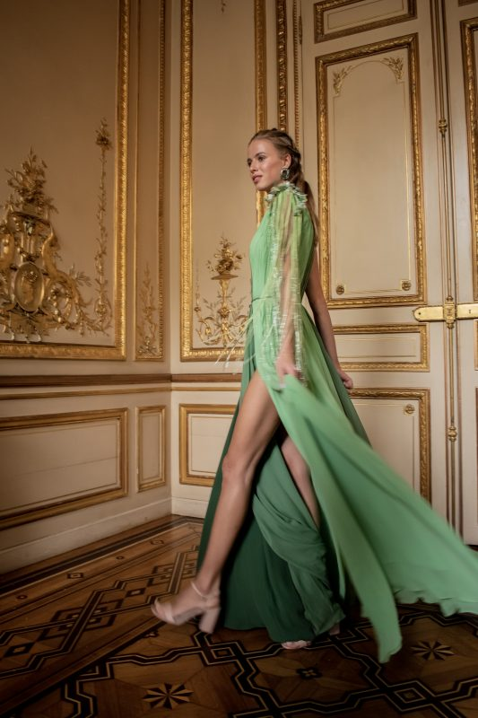 O Paris Fashion Week acontece semestrealmente buscando trazer modas de Primavera/Verão e Outono/Inverno – Foto: Divulgação/Alessandra Chastalo/ND