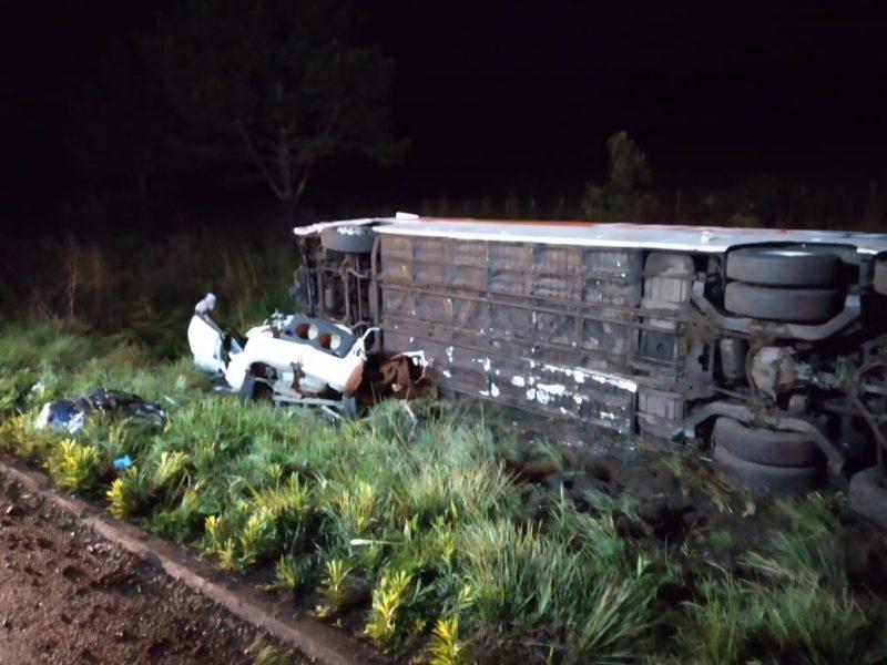 Quatro pessoas morrem em acidente na BR-470 em Ponte Alta – Foto: Divulgação/Corpo de Bombeiros