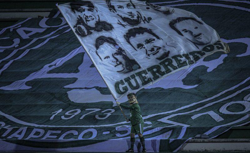 Chape embarca nesta terça-feira (13) para jogo contra CRB pela Série B – Foto: Márcio Cunha/ACF