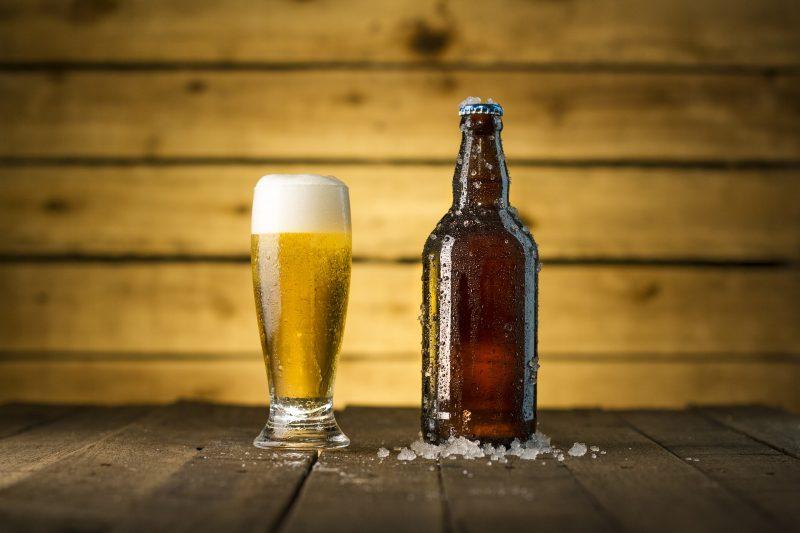 Militares compraram 80.016 garrafas e latas de cerveja em pleno ano de pandemia – Foto: Pixabay/Divulgação/ND