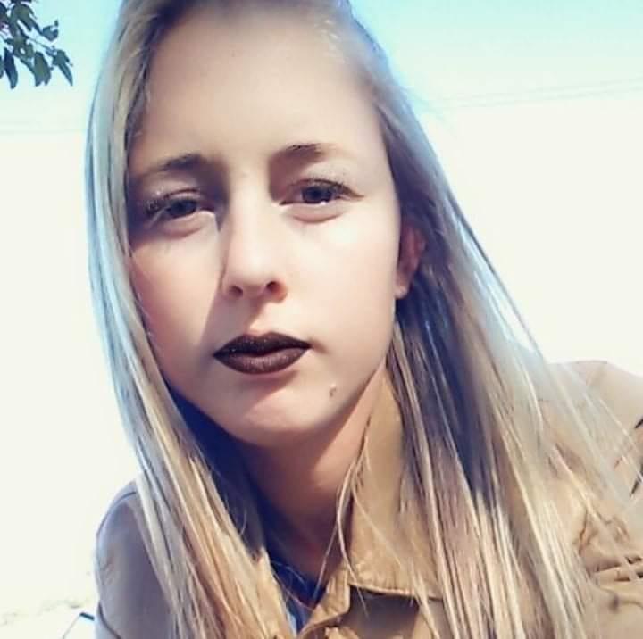 Ariane Isabel Tenfen Mendes foi morta pelo companheiro em Águas Frias – Foto: Reprodução/Facebook