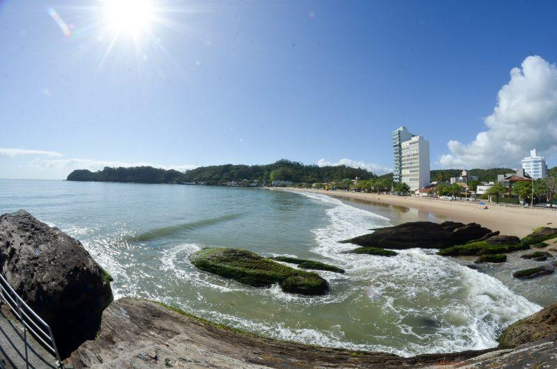 Quarta-feira promete ser de sol e calor em Itajaí – Foto: Marcos Porto/Secom Itajaí