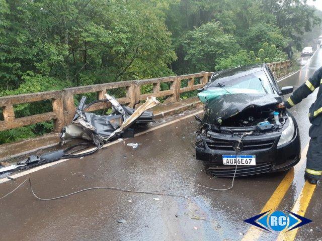 Três pessoas ficaram gravemente feridas. – Foto: Fábio José/Rádio Capinzal