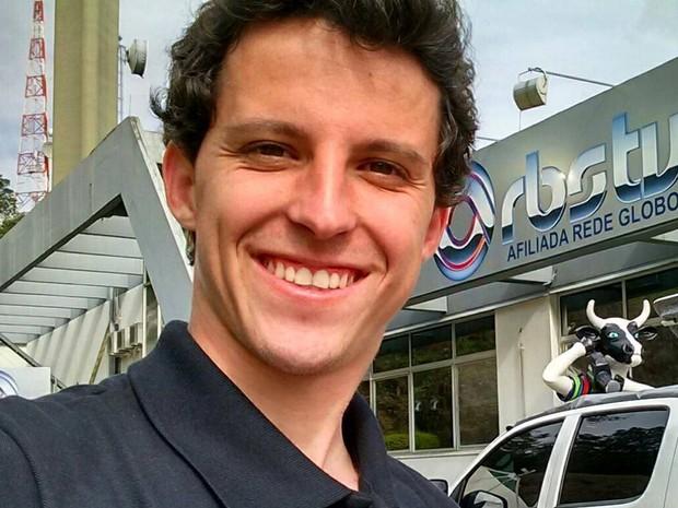Bruno Mauri da Silva: Aos 25 anos, era técnico de externas na RBS TV desde 2012. Natural de Palhoça, na Grande Florianópolis, era graduado em Telecomunicações.
