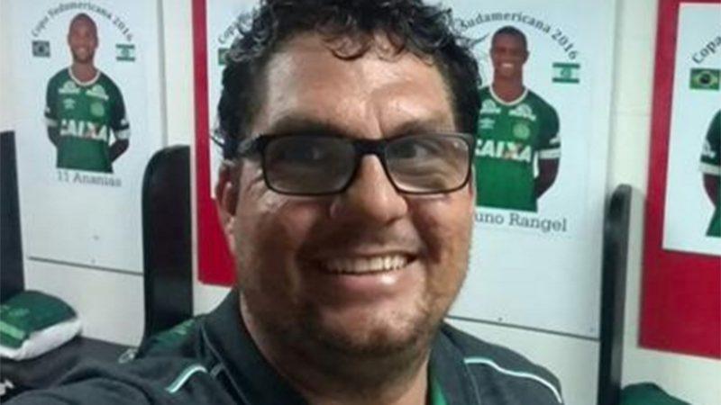 Cocada: Anderson Donizette, conhecido como Cocada, tinha 37 anos e era roupeiro da Chapecoense. – Foto: Arquivo Pessoal