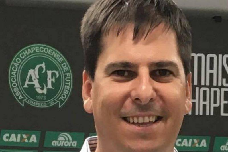 Decio Sebastião Burtet Filho: tinha 41 anos e era diretor administrativo da Chapecoense – Foto: Reprodução/Chapecoense