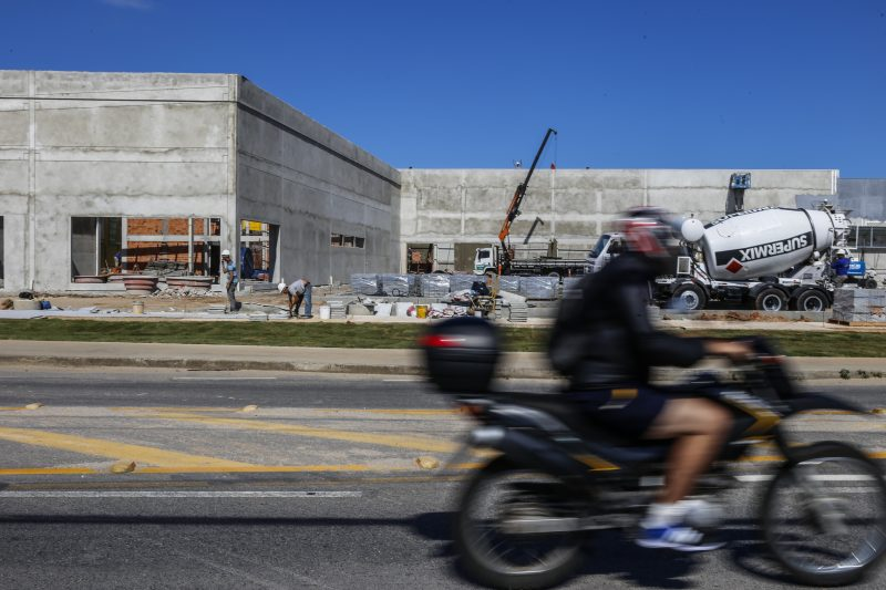 Espaços em construção sediarão megalojas da redes varejistas. Foto: Anderson Coelho/ND-