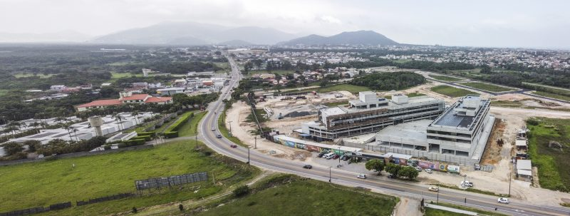 Sul da Ilha vive momento de expansão comercial as margens da SC-405. Foto: Anderson Coelho/ND