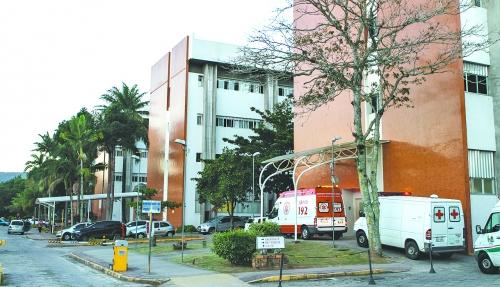 Hospital Universitário, em Florianópolis, tem vagas lotadas – Foto: Bruno Ropelato/Arquivo/ND