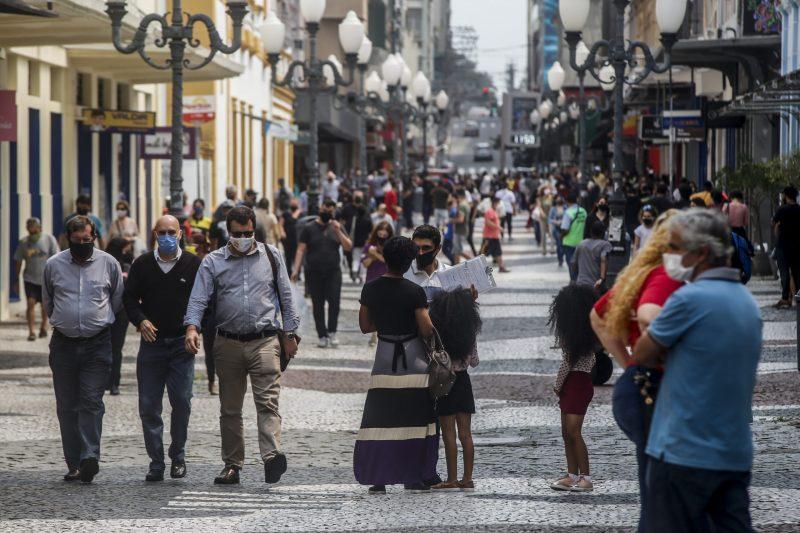 População catarinense ainda deve estar atenta aos casos positivos de Covid-19, mantendo as medidas de segurança sanitária em ordem – Foto: Anderson Coelho/Arquivo/ND