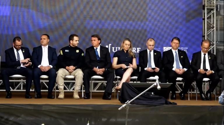Bolsonaro autorizou a realização dos Cursos na pandemia – Foto: Divulgaçao