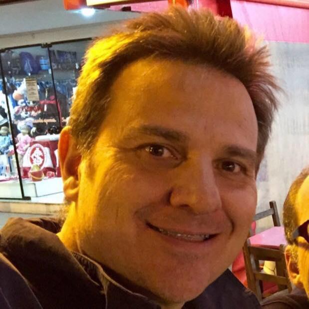 Ricardo Philippi Porto: tinha 45 anos integrava a diretoria da Chapecoense como secretário do Conselho Deliberativo do clube. Também era advogado. – Foto: Arquivo Pessoal