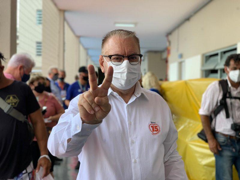 Volnei Morastoni, Itajaí, conquistou a reeleição e uma das vitórias mais significativas do MDB catarinense – Foto: Flávia Jordão/NDTV