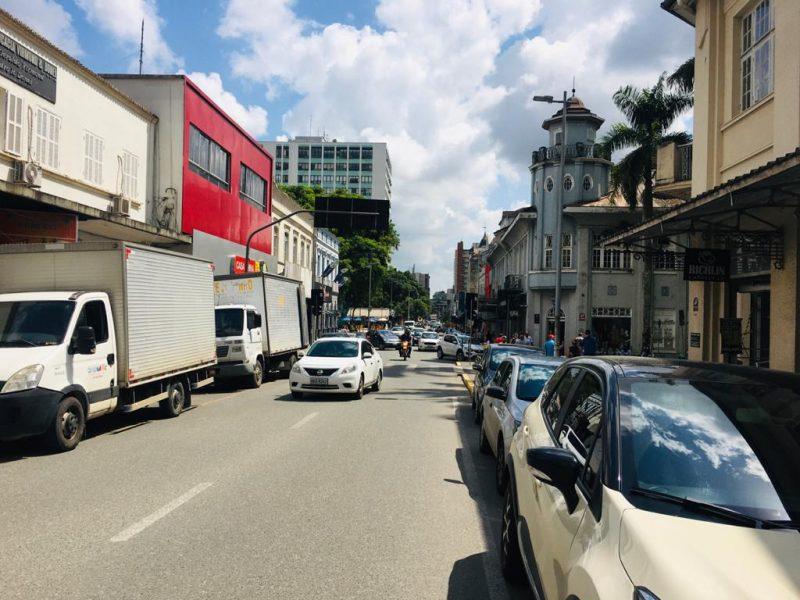 O comércio de rua de Joinville terá horário diferenciado na véspera desse Dia das Mães, comemorado no próximo domingo (9). Confira como vai funcionar no ND+ – Foto: Raquel Schiavini Schwarz