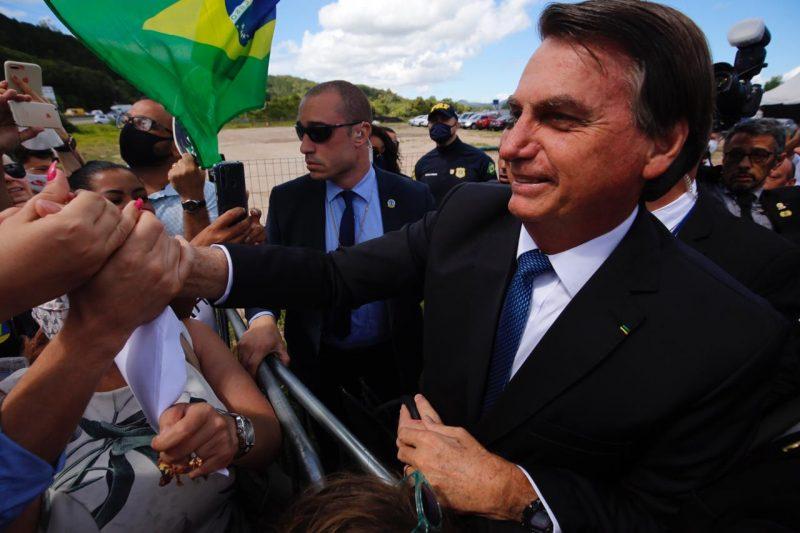 Jair Bolsonaro na entrada da formatura de 650 novos policias da PRF. – Foto: Anderson Coelho/ND