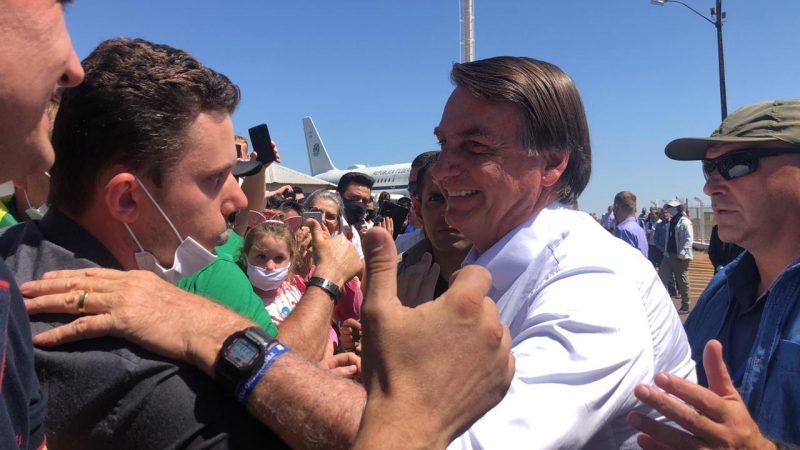 Bolsonaro interagiu com apoiadores em Chapecó. – Foto: Willian Ricardo/ND+