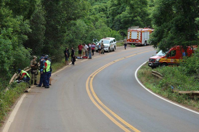 PMRv atendeu a ocorrência e organizou o trânsito no local. – Foto: Fotos: Marcos Lewe/Rádio 103 FM