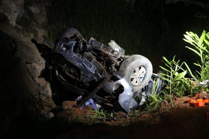 Carro cai em ribanceira e casal morre na BR-470 em Gaspar – Foto: Jefferson Dos Santos /Mesoregional