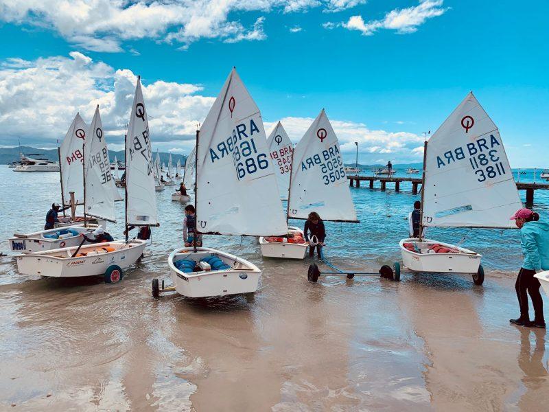 Participaram velejadores do Sul, Sudeste e Centro-Oeste do país – Foto: Iate Clube SC/Divulgação/ND
