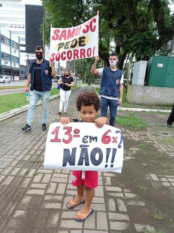 Funcionários do Samu protestam em Joinville – Foto: Divulgação/ND