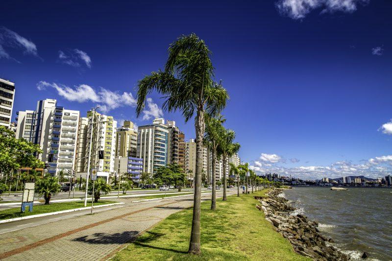 Avenida Beira-Mar Norte, em Florianópolis – Foto: iStock/Divulgação