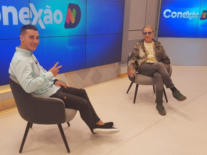 DJ Anão e Cacau Menezes