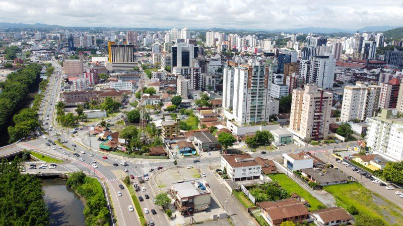 Cinco bairros tem 100 ou mais casos ativos de Covid-19 em Joinville – Foto: Carlos Jr./ND