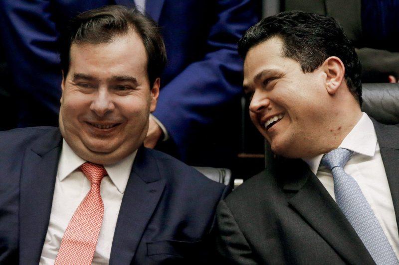 Deemistas Rodrigo Maia (esq.) e Davi Alcolumbre (dir.) – O STF não pode autorizar a reeleição de Maia e Alcolumbre – Foto: Divulgacão/JusCatarina/ND