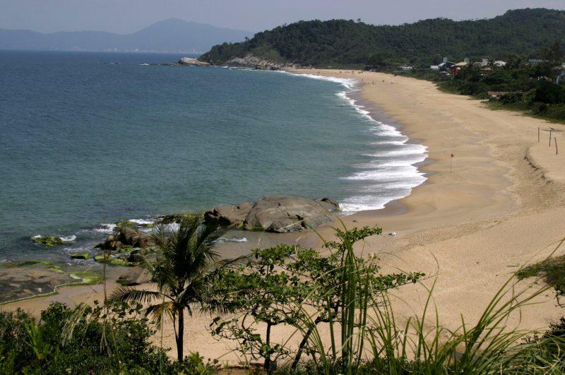 Praia do Estaleirinho – Foto: Celso Peixoto | Prefeitura Municipal de Balneário Camboriú/Divulgação
