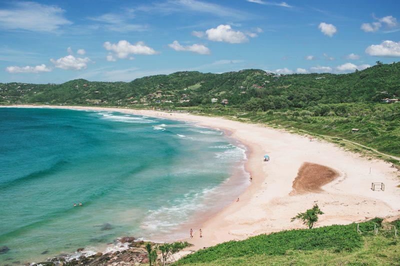 Praia do Silveira, em Garopaba – Foto: iStock/Divulgação