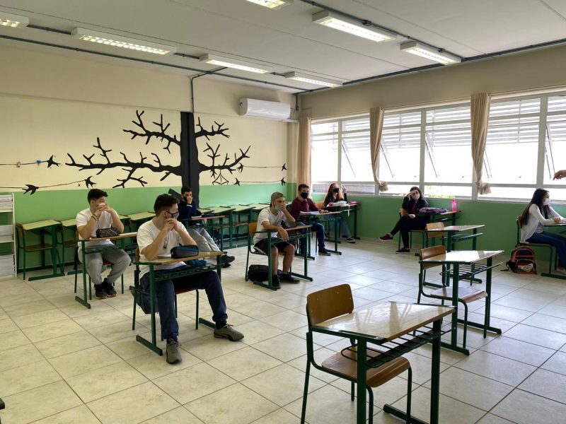 Novo decreto determina uma série de novas regras para a volta das aulas presenciais no Estado – Foto: Moisés Stuker/NDTV