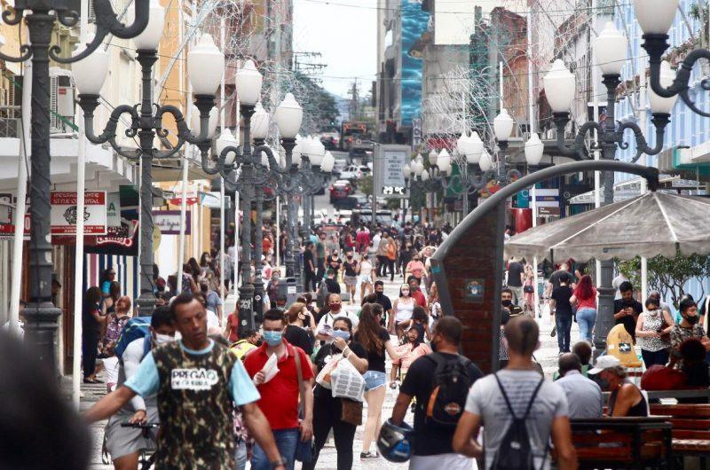 Floripa acabou vítima de outra pandemia mundial: o engarrafamento urbano– Foto: Anderson Coelho/ND