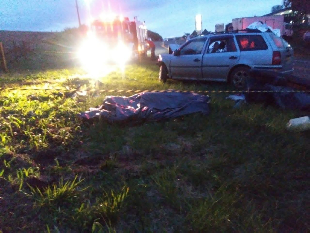 Duas pessoas morreram. - Corpo de Bombeiros/Divulgação