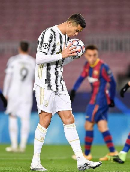 Cristiano Ronaldo deve cumprir contrato com a Juventus (Foto: Reprodução/Instagram/ND)