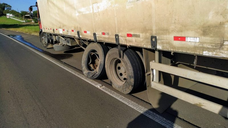 Idosa foi atropelada por caminhão – Foto: Corpo de Bombeiros/Divulgação/ND