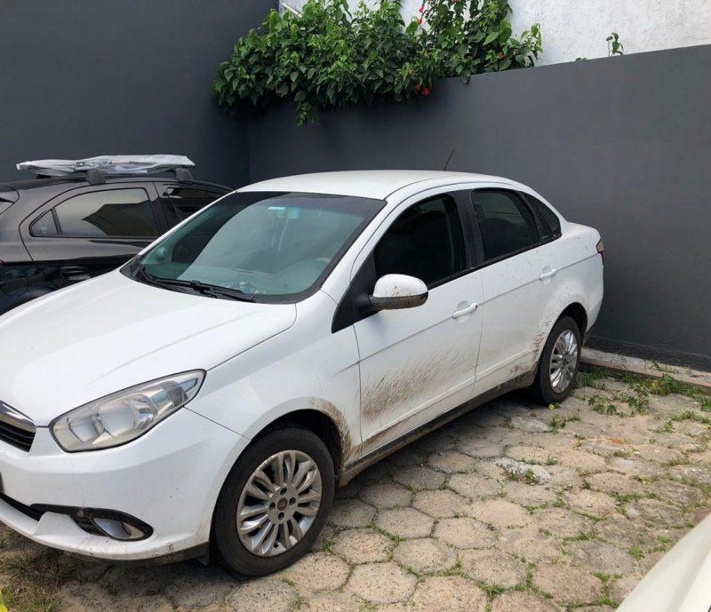 Carro foi localizado pela Polícia Civil. – Foto: Polícia Civil/Divulgação