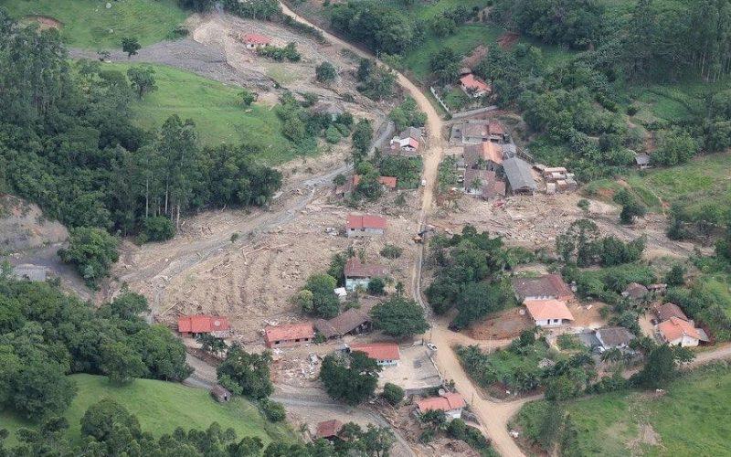 Local de Presidente Getúlio atingido por deslizamento no final de 2020 – Foto: Defesa Civil SC/Divulgação/ND