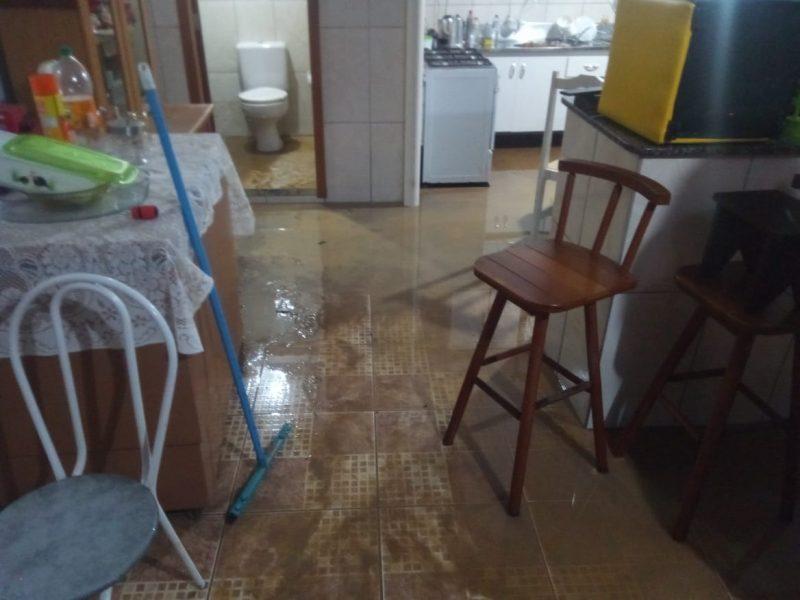 Residência alagada em Indaial, no Vale do Itajaí – Foto: Prefeitura de Indaial/Divulgação
